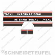 International 743 XL